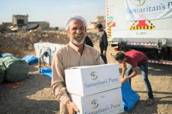Samaritan's Purse serving refugees fleeing ISIS in Mosul, Iraq